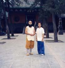 Aziz avec le moine Shi De Chao